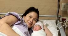 พลอย-จินดาโชติคลอดลูกสาวตั้งชื่อน้องเวลา