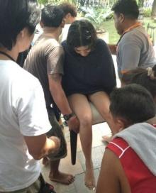 'ใบเตย อาร์สยาม'ล้มก้นกระแทกข้อเท้าพลิก ถูกหามส่งโรงพยาบาล!!!