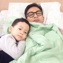 ป๋อ ณัฐวุฒิ ได้กำลังใจดีจากภรรยา-ลูก หลังป่วยเข้าโรงพยาบาล