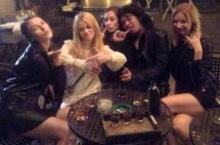 เสือร้าย!! 'เสก' เผยภาพกับสาวๆรัสเซียผู้น่ารักกับแคปชั่นแบบนี้ ชาวเน็ตเม้นท์ยับ