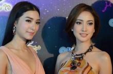 เลอค่าสุดๆ เมื่อ สองนางผู้ที่ครองใจ'ชายไทย'ทั้งประเทศ แชะภาพคู่กัน...