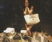 ดาราคนนี้ รวยมาก ช็อปแหลก แบรนด์เนมกองโต ลั่น เศร้านักชีวิต ซื้อให้ตาย