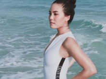 เจนี่ โชว์เซ็กซี่ในชุดว่ายน้ำ ดูสวยขึ้นเหมือนคนกำลังมีความรัก?