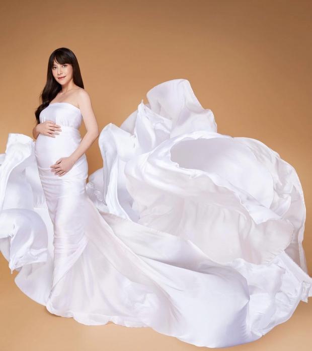 นาตาลี อวดลุคท้อง 9 เดือน สวยหรูดูแพง โมเมนต์สุดท้ายก่อนคลอดเบบี๋หมื่นล้าน