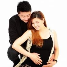 ภาพคู่ล่าสุดของ 'อั๋น'- 'เจนนี่'และ'หนูน้อย'ในท้อง