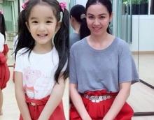 'แม่กบ' ปลูกฝัง 'น้อง ณดา'  อย่าลืมรากเหง้าความเป็นไทย!