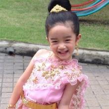 เหล่าซุปตาร์เด็กกับชุดไทย ต้อนรับเทศกาลลอยกระทง