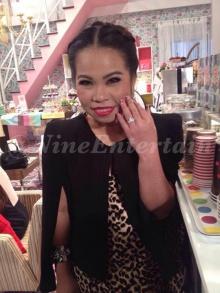 ตุ๊กกี้ โชว์แหวนเพชรแทนใจที่แฟนหนุ่ม บูบู้ ซื้อให้