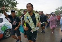 เช้านี้ ฮีโร่ พี่ตูน วิ่งออกจากกทม.มุ่งหน้าสุพรรณบุรี