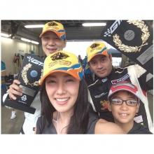 นุ่น วรนุช ยกก๊วน เที่ยวญี่ปุ่น เชียร์ สามีสุดที่รักแข่งรถ