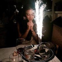 เจนี่ เผยภาพถูกเซอร์ไพรส์วันเกิด พร้อมแท๊กสุดหวาน #sosweet