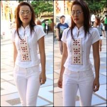 ชาวเน็ตเปรียบเทียบ หญิงลี - ใบเตย กับชุดไปวัด