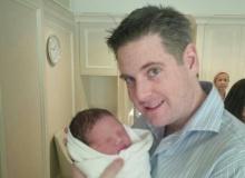 โบว์ บลูเบอร์รี่ สุดปลื้มผ่าคลอดลูกชายตั้งชื่อ น้องฟิลิกซ์