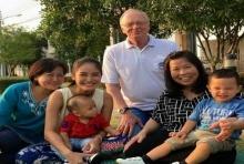 'พ่อปีเตอร์' ตีตั๋วบินตรงไทย!พบหน้า หลานๆ