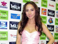เผย 10 อันดับ ดาราสาวค่าตัวแพงที่สุดของไทย!!