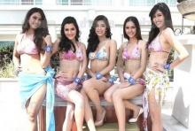 30 สาวงาม ผู้เข้าประกวดมิสไทยแลนด์เวิลด์2555 โชว์ชุดว่ายน้ำทูพีซ อวดหุ่นเซ็กซี่