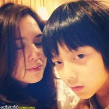 pic::น่ารักอ่ะเเม่โบกับน้องอชิ