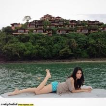 นางร้ายหน้าสวย โม อมีนา ชิลๆ ณ ทะเล