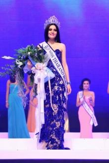 ภาพวินาทีประทับใจ น้อง ณฉัตรคว้า Miss thailand world 2012