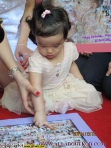 พอลล่า เเละ กบ เบื่อคนเปรียบเทียบลูกสาว :)