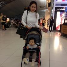PIC : แม่เป้ย ปานวาด อุ้ม น้องโปรด ไปเยี่ยมพ่อป๊อป ไกลถึงต่างแดน