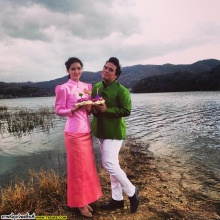 Pic : เอ ศุภชัย ใส่ชุดไทยลอยกระทงเริ่ดเว่อร์ ณ เกาหลี