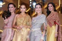 รวมซุปตาร์สาวตัวแม่ปรากฏตัวในแฟชั่นชุดไทย