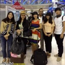 ภาพสุดอบอุ่น !! ตั๊ก มยุรา ควงสามีและลูก ลัลลาเกาหลี