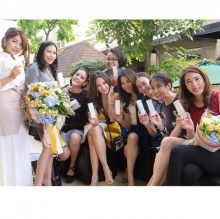 Pic : อั้ม พัชราภา กับเหล่าผองเพื่อน น่ารักฟรุ้งฟริ้ง