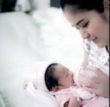 อัพเดทภาพน้องโมนา ลูกสาวสุดน่ารักปอย ปวัณา
