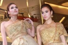 แม่คือแม่ หยาดทิพย์ สวยอะไรเบอร์นั้นในชุดไทย