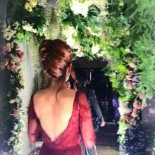 เมย์ เฟื่อง กับชุดเริ่ดเริ่ดใส่ไปงานแต่งแอฟ-สงกรานต์
