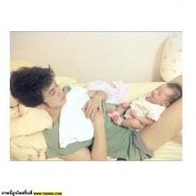ภาพน่ารักๆ แอมมี่-ไอด้า เลี้ยงลูก