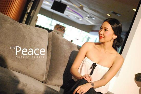 555901 คุณนาย นุ่น วรนุช สวยเจิด ณ งานเปิดตัวคอนโด