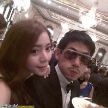 Pic : คู่รักดารา นิวเคลียร์-ดีเจเพชรจ้า หวานเว่อร์ @IG