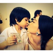 pic::แม่ลำยองลูกวันเฉลิมน่ารักๆ