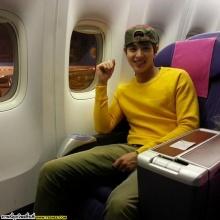 Pic : หนุ่มเจมส์จิ เดินทางกลับไทย น่ารักฟุดๆ