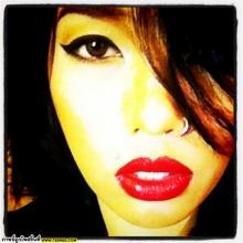 ดา เอ็นโดฟีน นักร้องสาวสุดเทห์