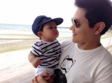 Pic : น้องโปรด ลูกพ่อป๊อบ - แม่เป้ย น่ารักมาก ณ ทะเล