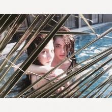 2สาวเพื่อนซี้ เล่นน้ำคลายร้อน  ใหม่-ใบเฟิร์น