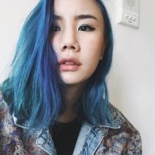 นท กับผมสีฟ้า เท่ห์ๆ ของเธอ
