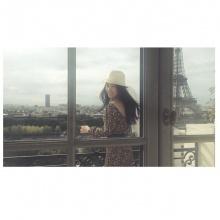 Pic : คุณนายนุ่น วรนุช กับทริปตะลุยปารีส
