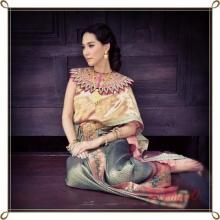 Pic : พลอย เฌอมาลย์ สวยแบบแม่หญิงไทย