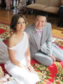 ภาพชุดสุดโรแมนติกชาย-วิกกี้แต่งงาน รักหวานอบอวลทั่วหัวหิน