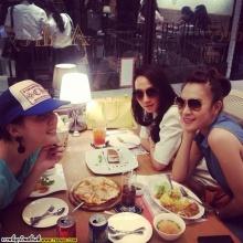 Pic : อั้ม พัชราภา กับวันสบายๆของเธอ และผองเพื่อน