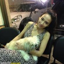 Pic : อั้ม พัชราภา กับสุนัชของเธอ @IG