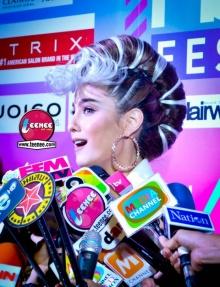 Pic : ขวัญ อุษามณี กับทรงผมสุดเริ่ด ณ งาน Hairworld festival 2014 (2)