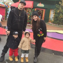 Pic : เวย์ ควง นานา พร้อมลูกๆ ลัลล้า ณ ญี่ปุ่น
