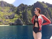 ไอซ์ อภิษฎา อวดหุ่นเซี้ยะ ในชุดว่ายน้ำท้าร้อนที่ ฟิลิปปินส์