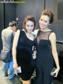 Pic : เบลล์ ไชนาดอลล์ กับเพื่อนสาวสุดซี้!!